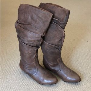 Steve Madden Candence Boots (size 7.5)